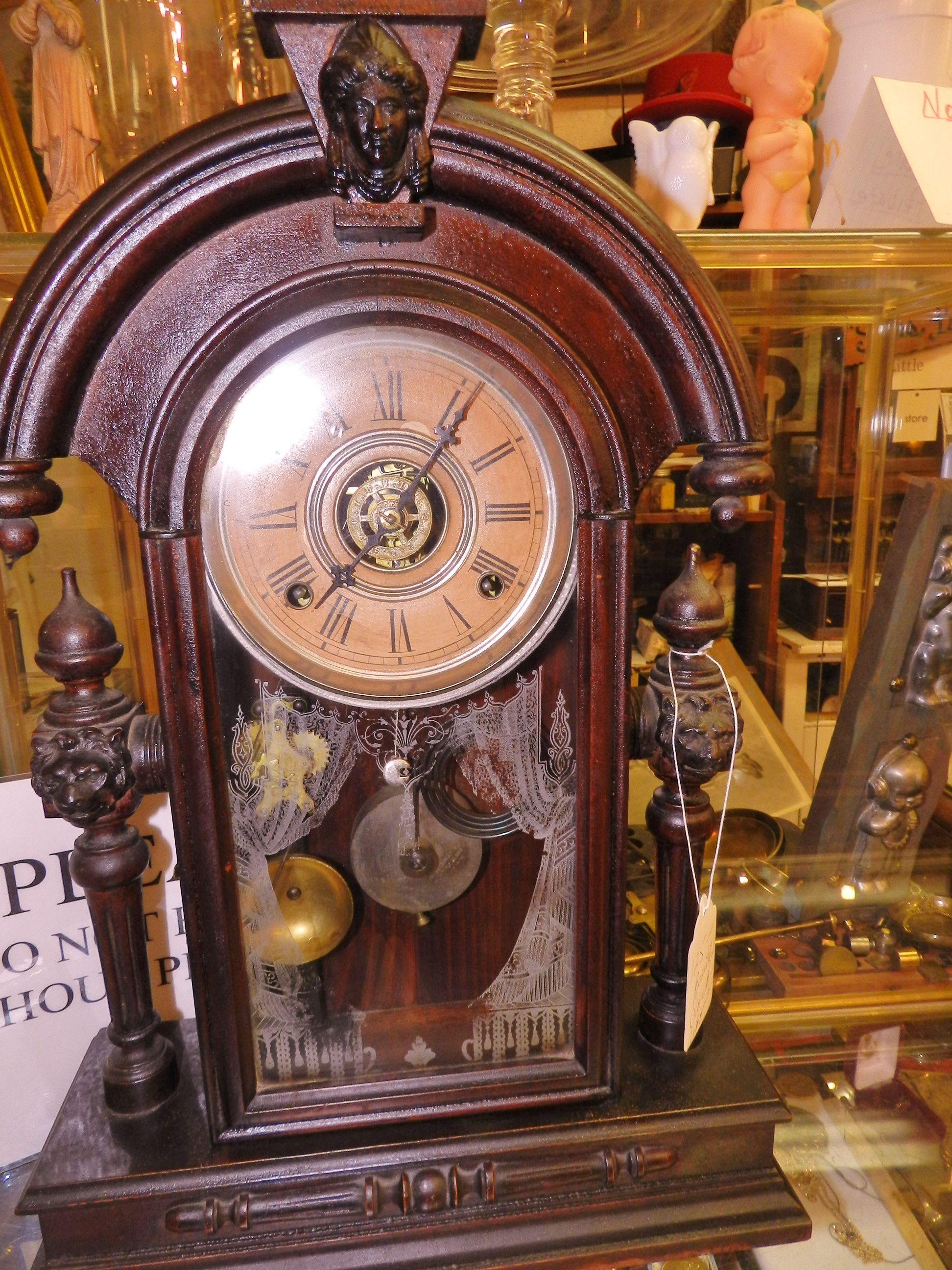 Beautiful victorian clock 3458