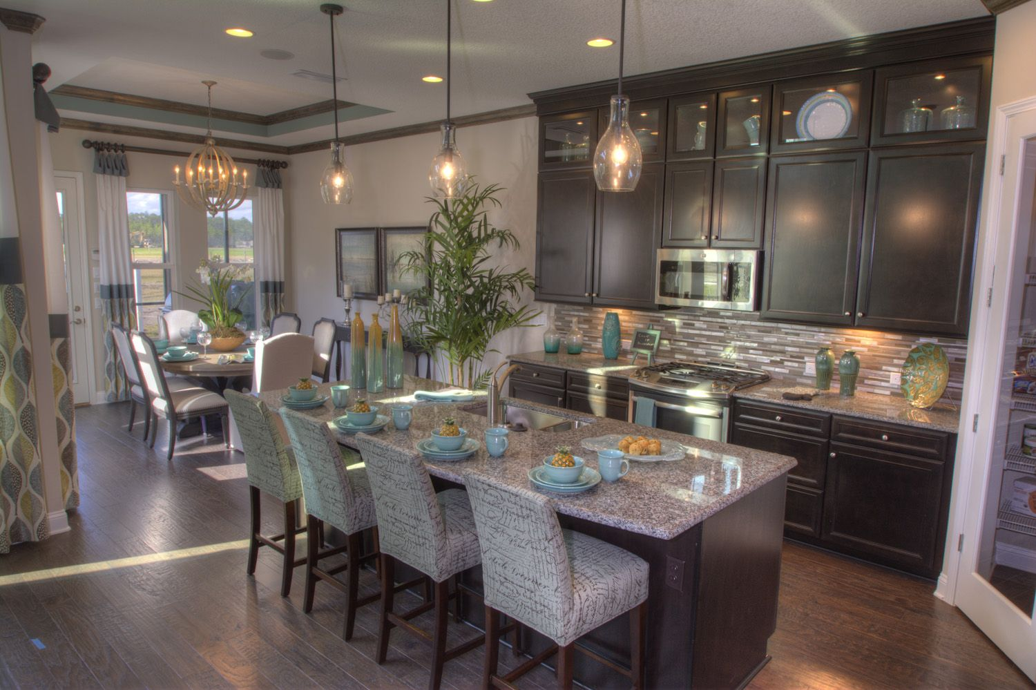 The Lucca Model Kitchen by ICI Homes in Siena at Town Center ... on beazer homes design center, shea homes design center, ryland homes design center,