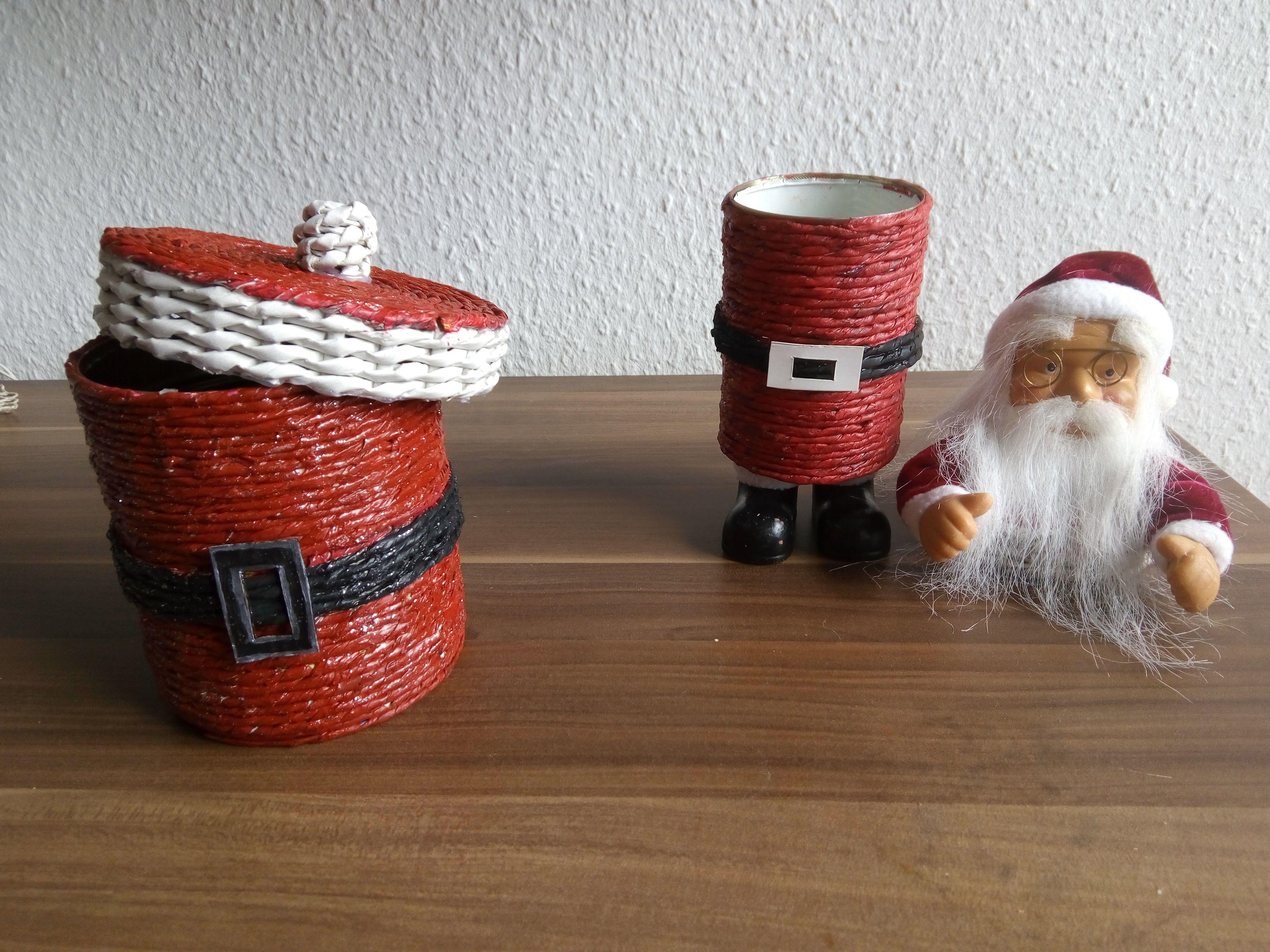 weihnachtliche keks dosen alles aus papier weihnachten papier weihnachten weihnachten en. Black Bedroom Furniture Sets. Home Design Ideas