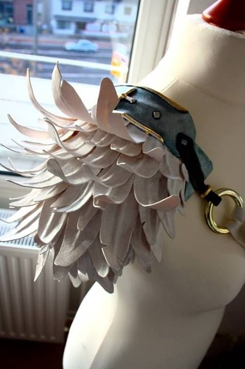 46247653213 This foam feather shoulder piece is a joy. Make 2 and pin them to your coat.