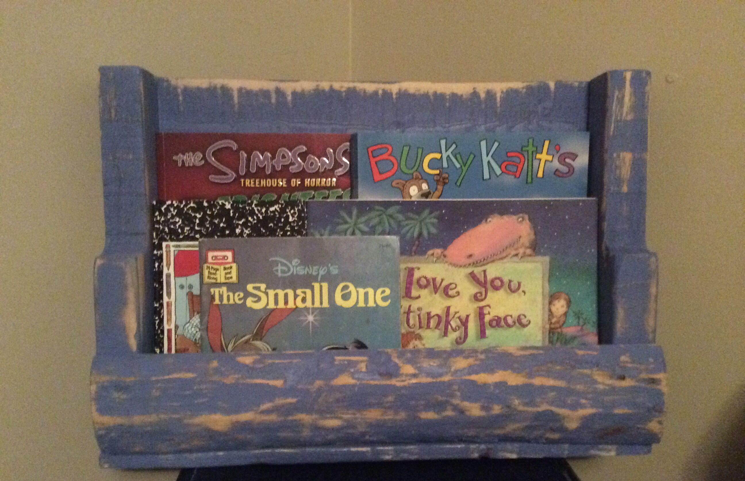 Book Shelf Made From Skid Crafts Decor Pinterest Book Shelves
