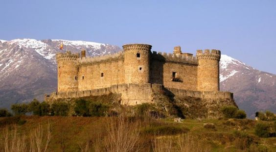 Castillo de Mombeltrán. Mombeltrán (Ávila) Gredos