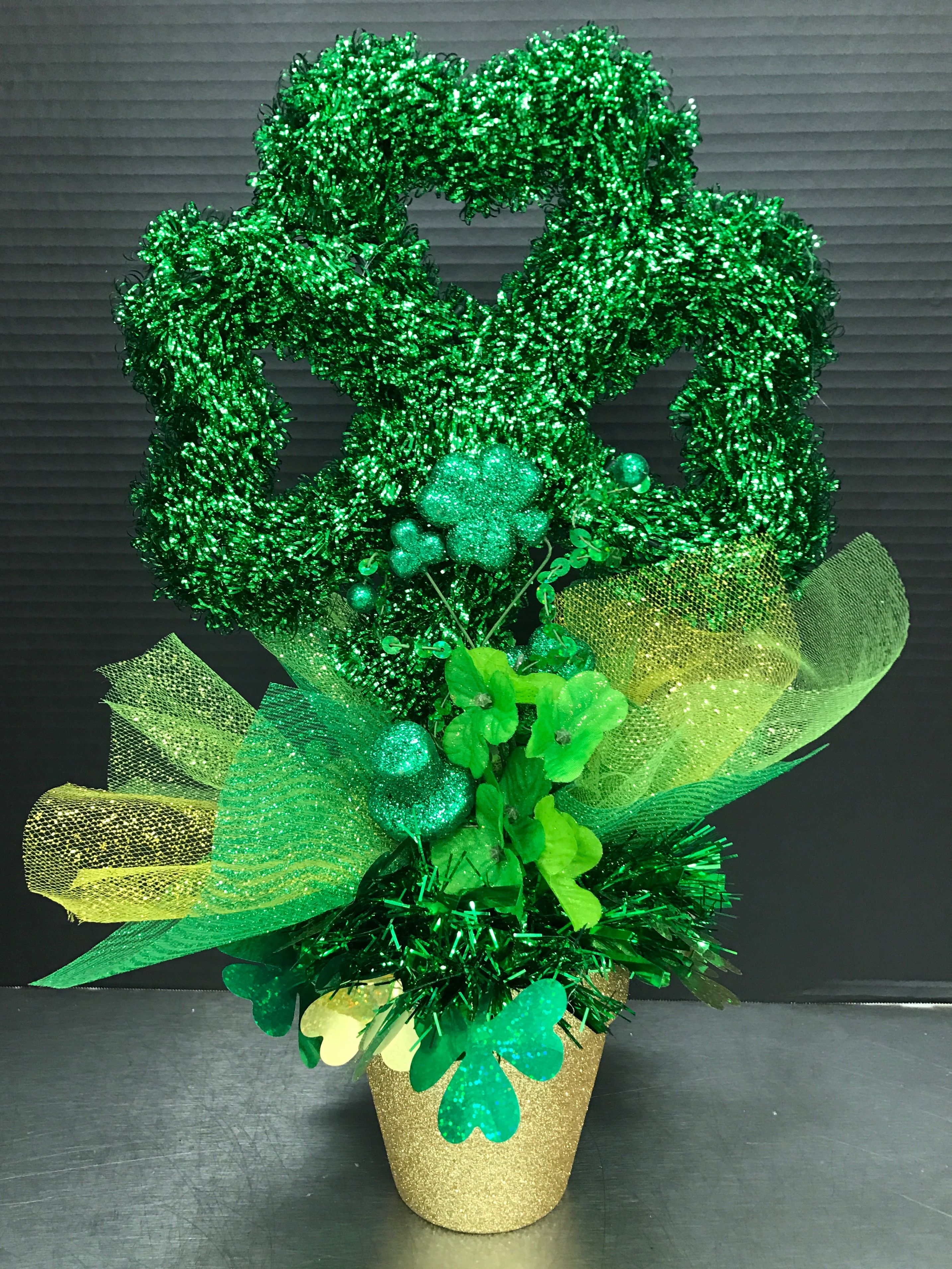 Shamrock in a Gold Pot 2017 by Andrea Wreath decor, St