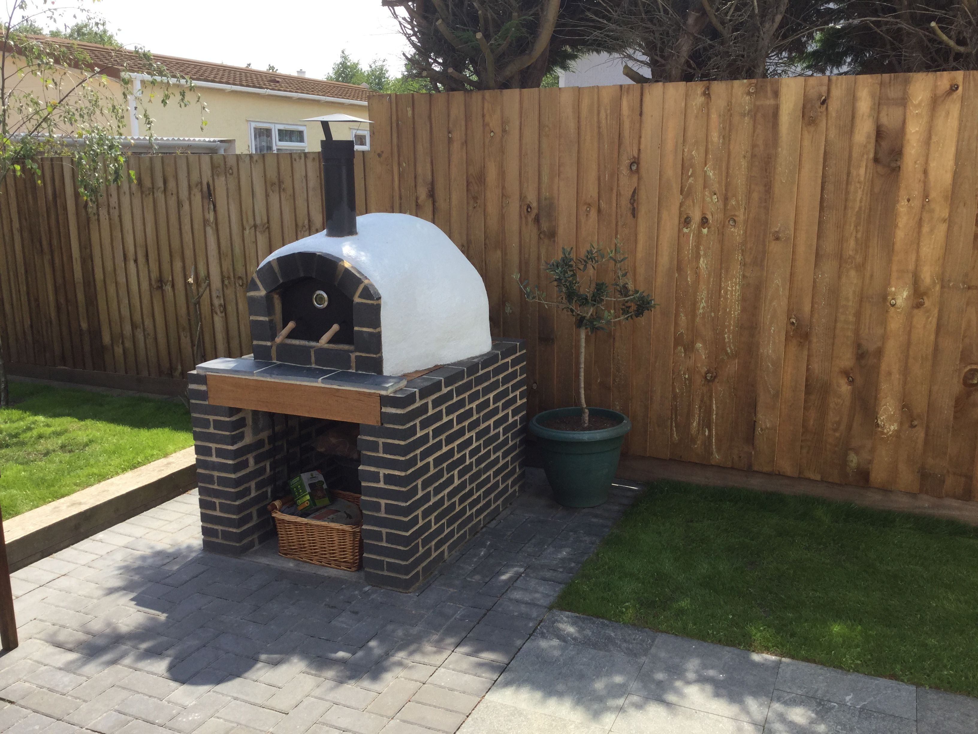self build pizza oven in london essex oven supplied by pizza oven