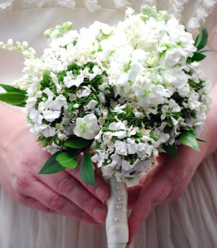 Low Budget Wedding Flowers: Kate Middleton's Bridal Bouquet On A Budget- Learn How To