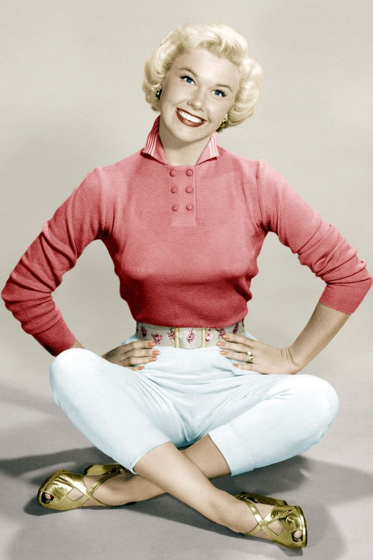 1940s Fashion Iconic Looks And The Women Who Made Them Famous 40s Style Gold Shoes And Coral