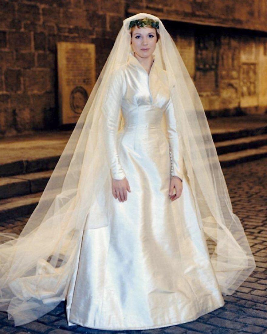 Maria Von Trapp Wedding Gown Muslim Once Upon A Custom Funko Maria Von Trapp Wedding Dres In 2020 Wedding Gowns Designer Wedding Gowns Gowns