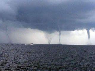 Water Spouts Off Of The Ms Gulf Coast Biloxi Gulf Coast Coast