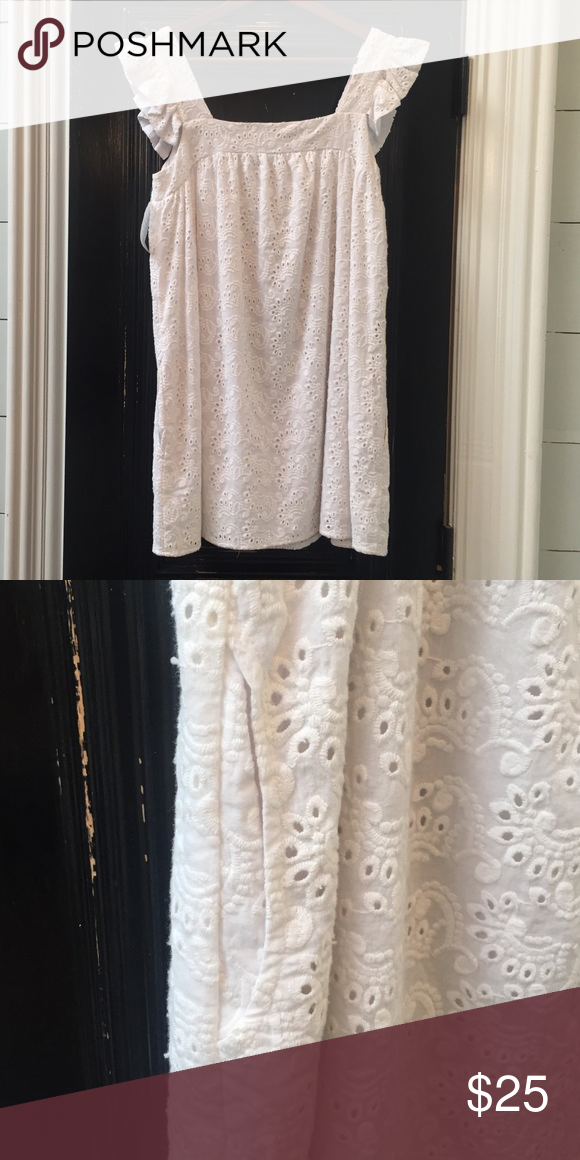 White eyelet dress/tunic. New with tags! White eyelet dress/tunic. Lined with side pockets on both sides! Altar'd State Dresses Midi