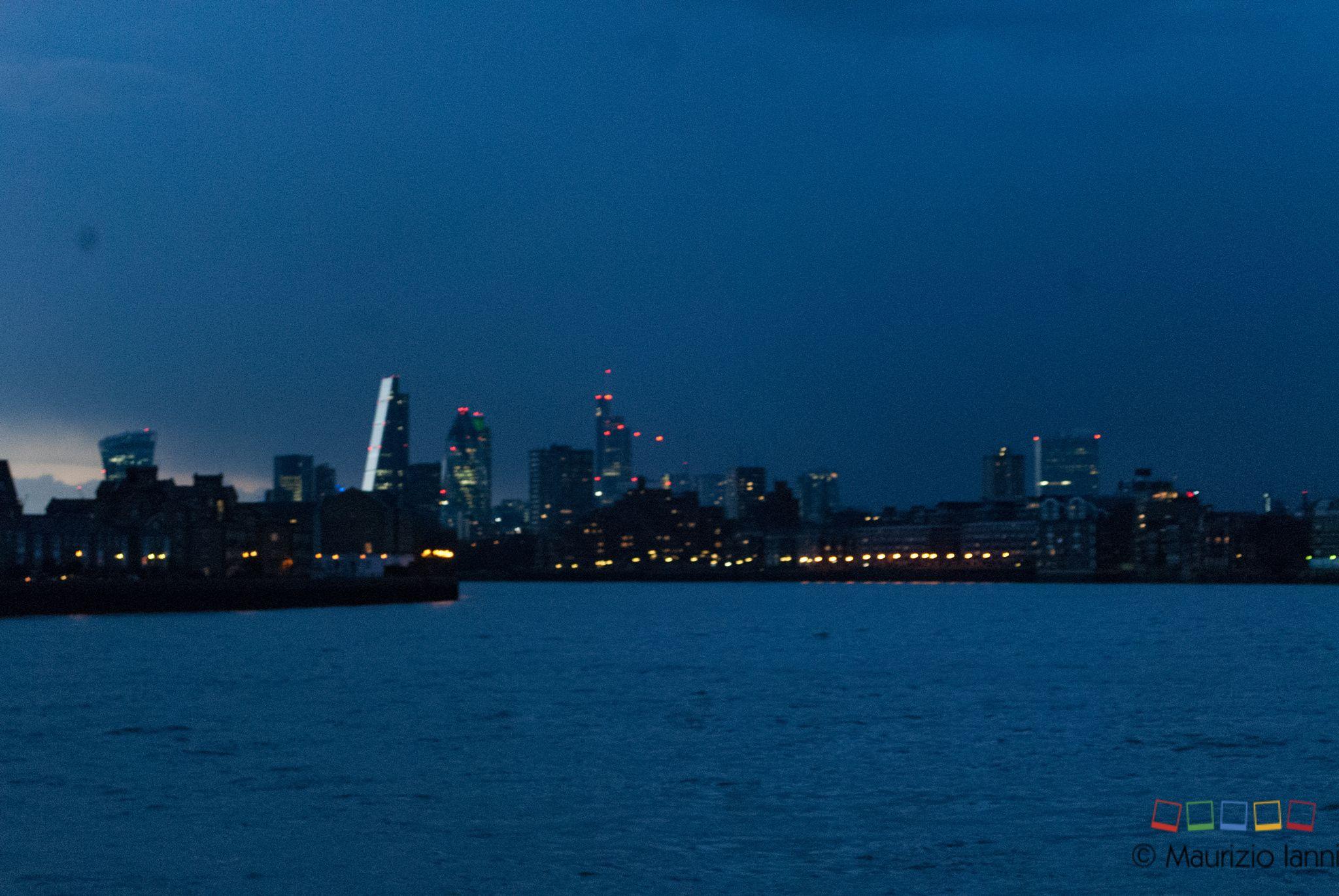 Photograph Canary Wharf by Maurizio Ianni on 500px