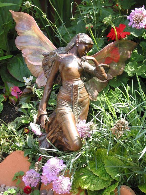 скульптура фея для сада своими руками фото сотейник