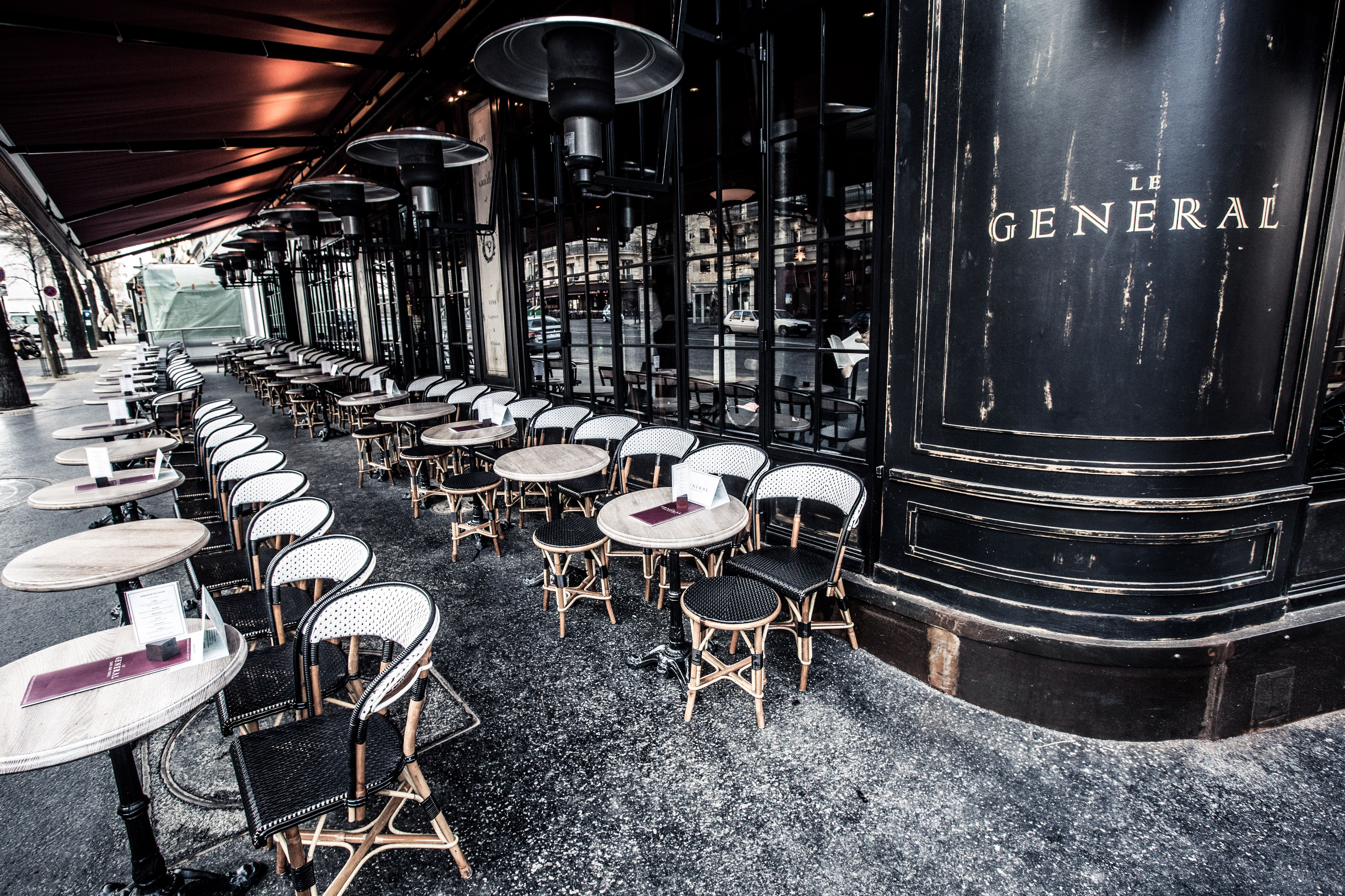Exterieur Terrasse Le General Paris Bar Grill Cafe