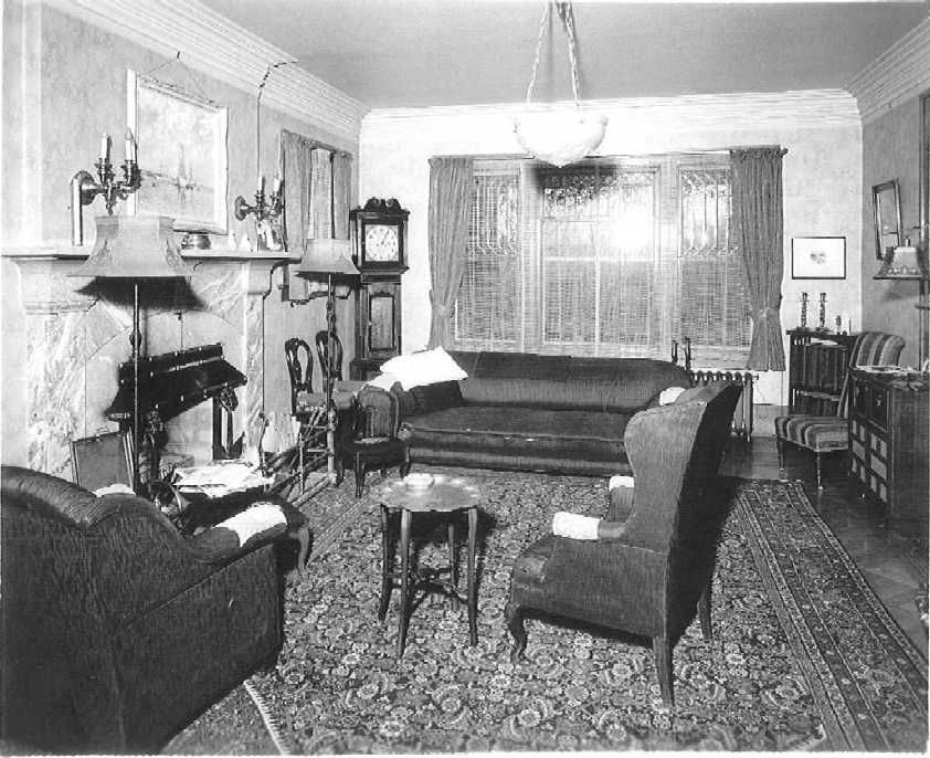 1930S Interior Design Living Room Enchanting Mrsbetty's Room When Remmington Interrogates Her  A Night At Review