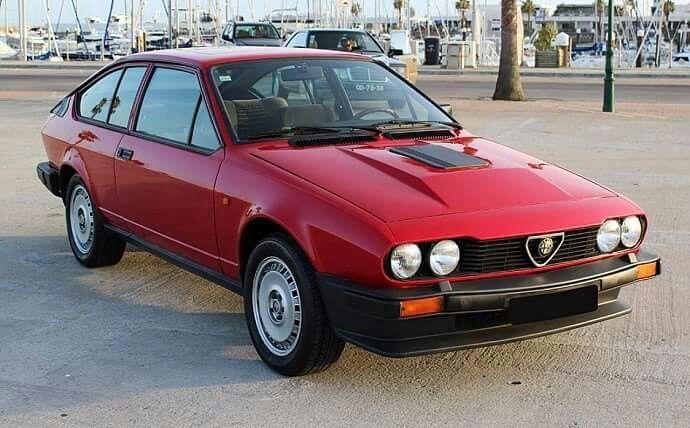 Pin Di Jasenko Su Alfa Romeo Gtv6 Auto Classiche Automobile Auto