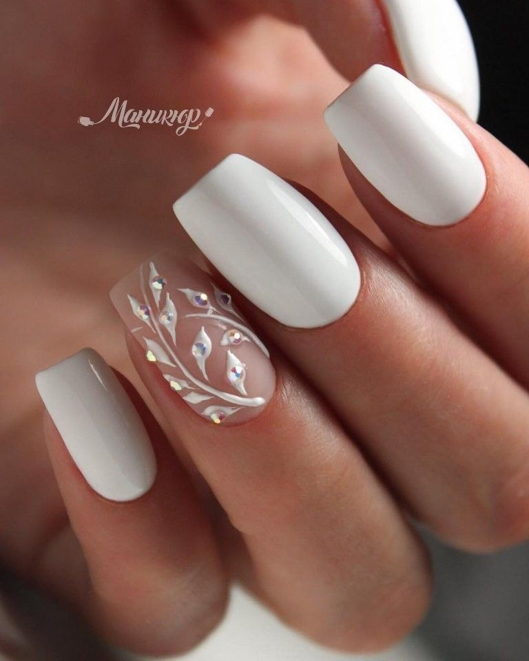 If It Matches The Dress Bride Nails Bridal Nails Designs Wedding Nail Art Design
