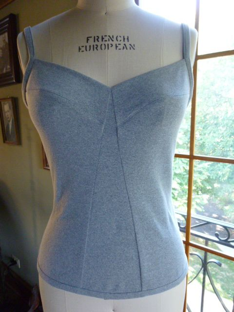 Camisole ~  FREE downloadable pattern.  A very neat finish and would sit under an over top without bulk