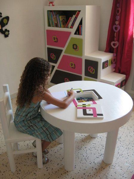 Table Et Chaise En Carton Terminees Meubles En Carton Marie Krtonne Chaise En Carton Mobilier En Carton Meubles En Carton