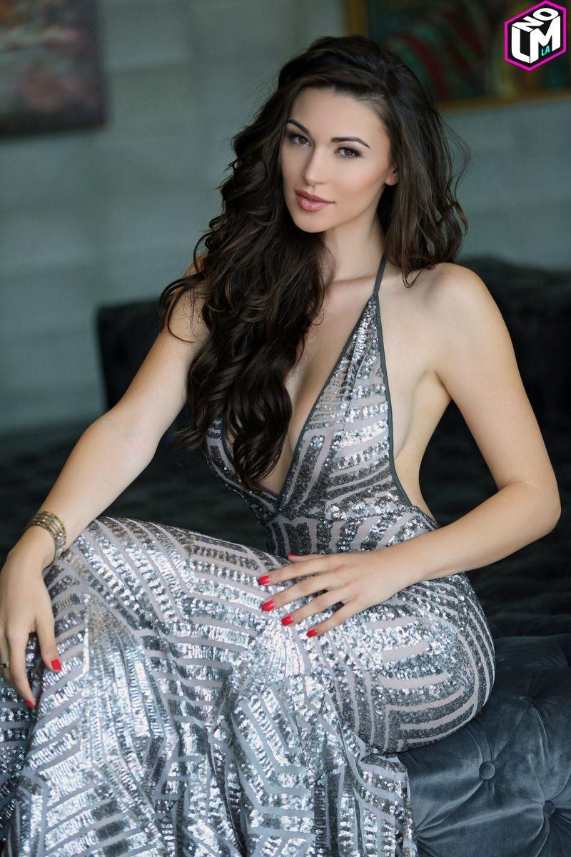 Jenna Jenovich Makes Her Hollywood Presence Felt | LMNOLA | Pinterest