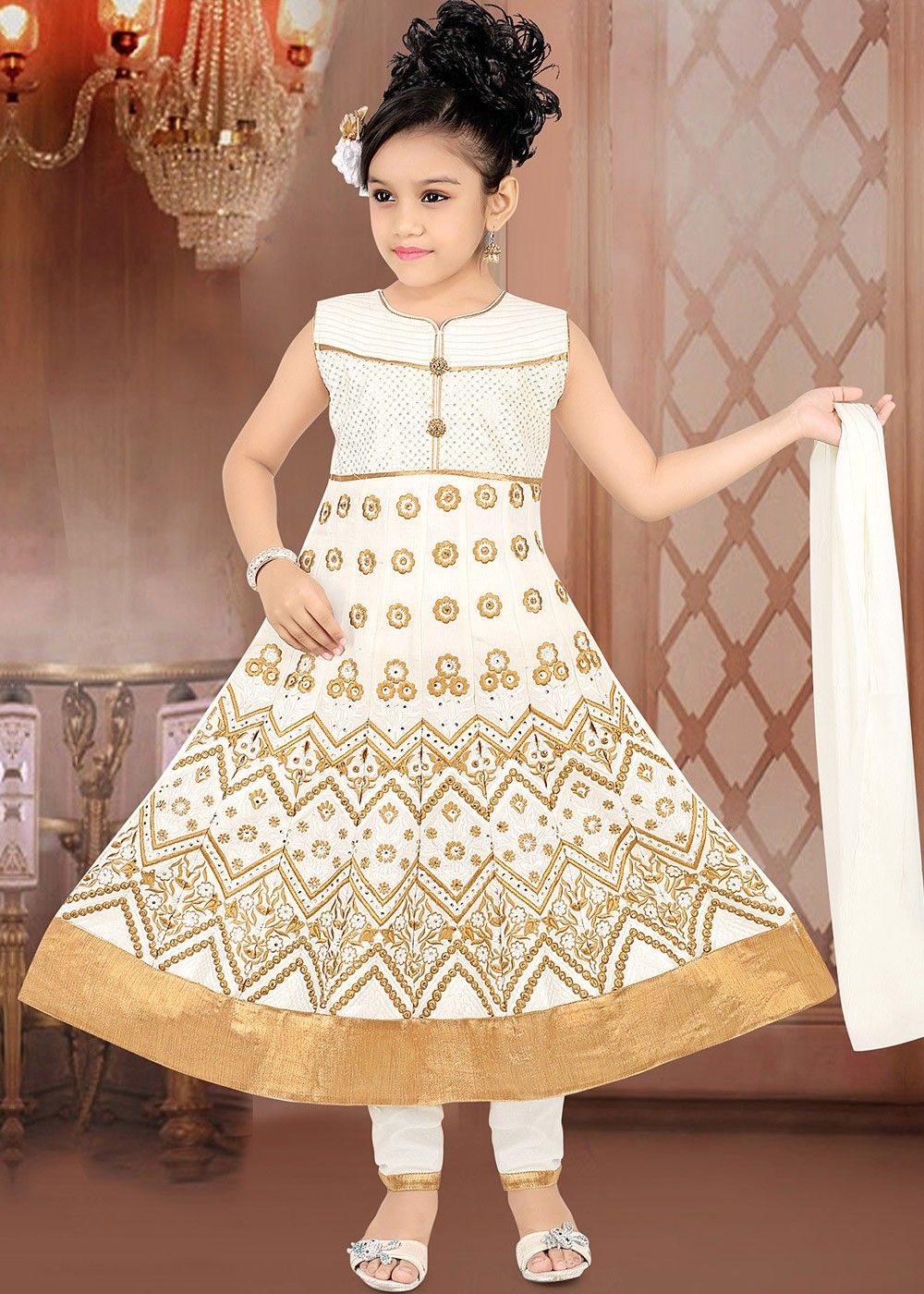 489c766619 #salwarkameez #CottonSalwar #offwhitesalwar #Embroideredsalwar  #womenfashion #dresses #ladiesfashion #fashiontips #womenoutfits  #ethnicfashion ...