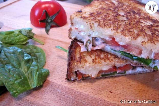 5 délicieuses recettes de grilled cheese pour fondre de plaisir