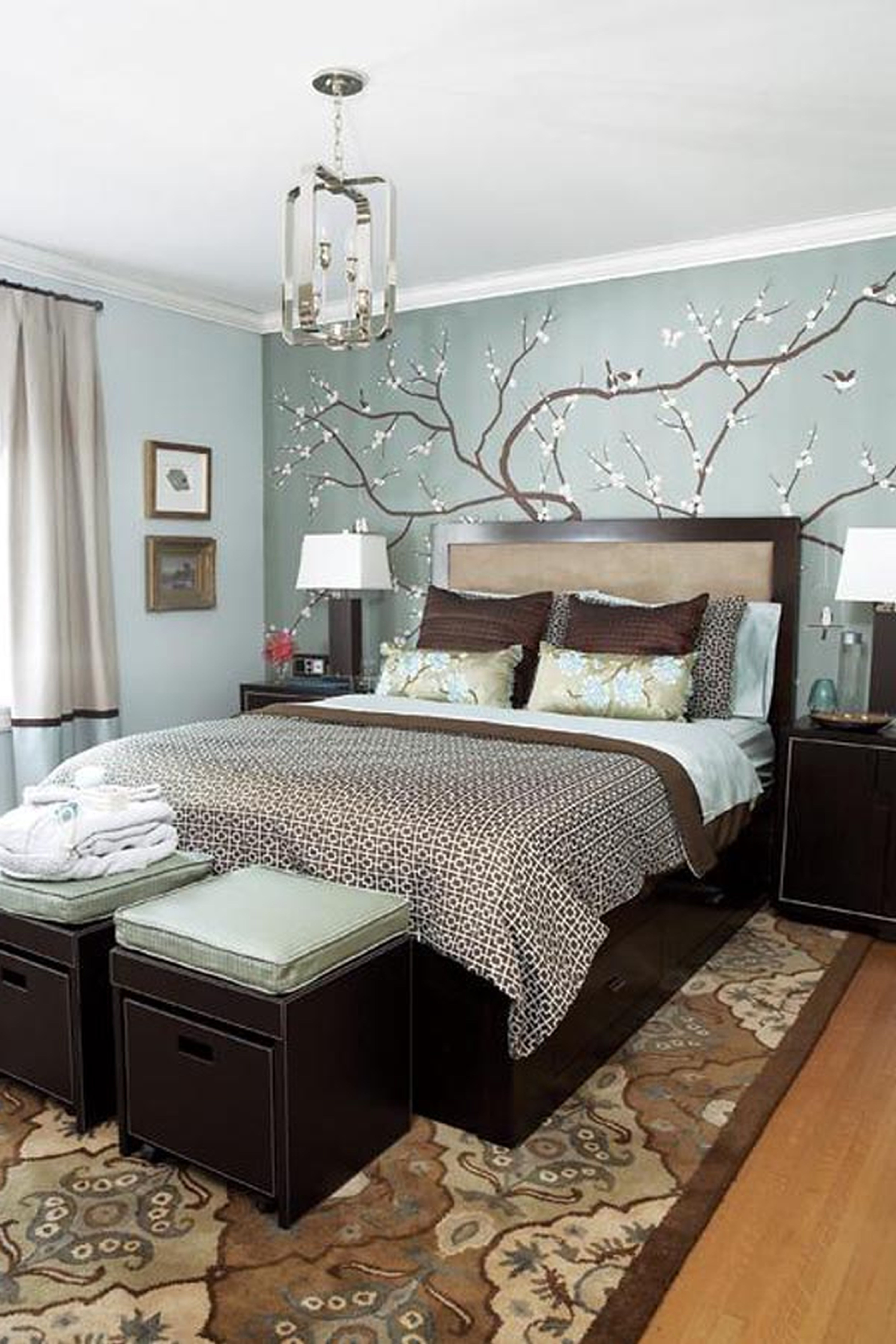 Brown and dark blue bedroom - Bedroom Decorating Ideas With Grey Walls