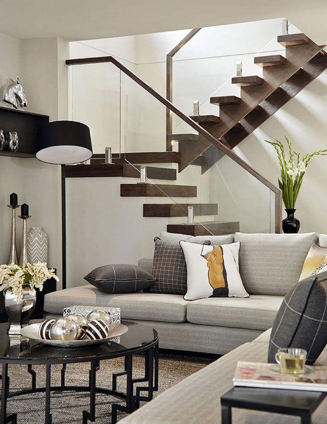 holztreppe dunkel glas geländer modernes wohnzimmer einrichtung, Wohnzimmer