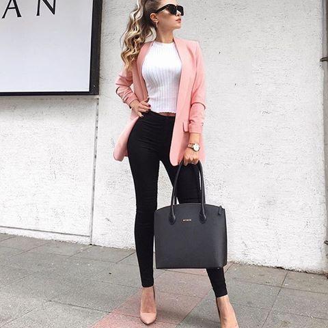 2021 Automne Hiver Street Fashion Combinaisons de vêtements pour femmes Pantalon taille haute noir Chemisier blanc Veste rose Chaussures à talons aiguilles roses | Combinaisons de tenues   – Kombin