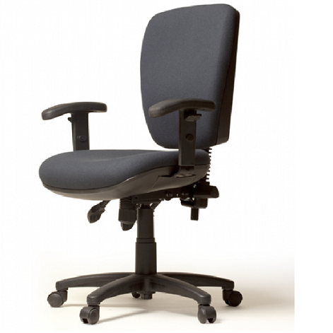 Asta Comfortable And Ergonomic Office Chairs Thanks To Its Shape And The Spacious Dimensions Of The Seat And Bac Office Chair Custom Chair Best Office Chair