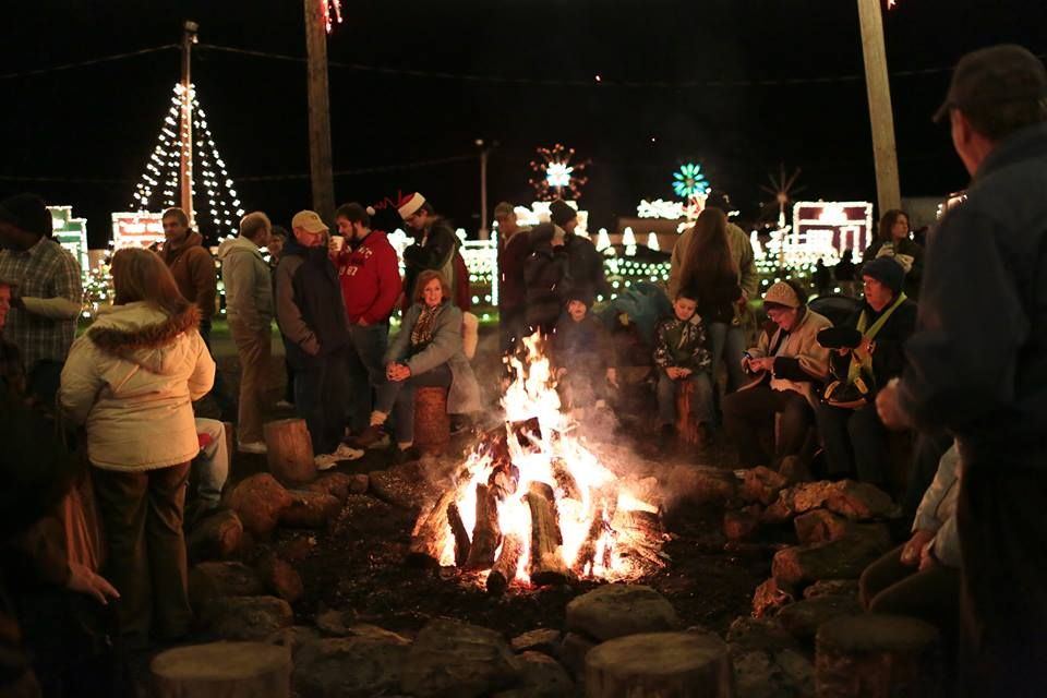 Overlys Country Christmas.Must See Holiday Attractions Holidays In Pennsylvania