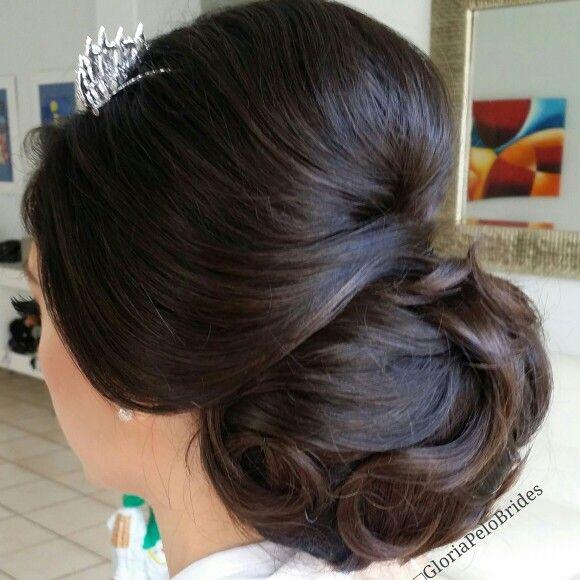 Bridal hairdo ideas by GPELO #realbride #realweddings #realpeople #gloriapelo #guruofbrides #elcuartodelanovia #bestmakeupartistmiami #destinationsweddings #promuamiami #makeup #hairdo #bridalmakeup #bridalhair #hdmakeup