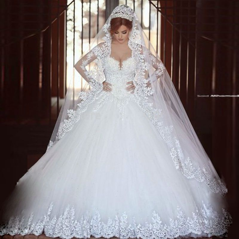 b72a1674cd1ff Luxury Vintage Long Sleeves Lace Wedding Dress 2016 Ball Gown Princess  hijab romantico Bridal Wedding Gown robe de mariage veils-in Wedding Dresses  from ...