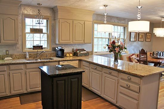 wood kitchen cabinets updated with ascp. chalk paint colors: half