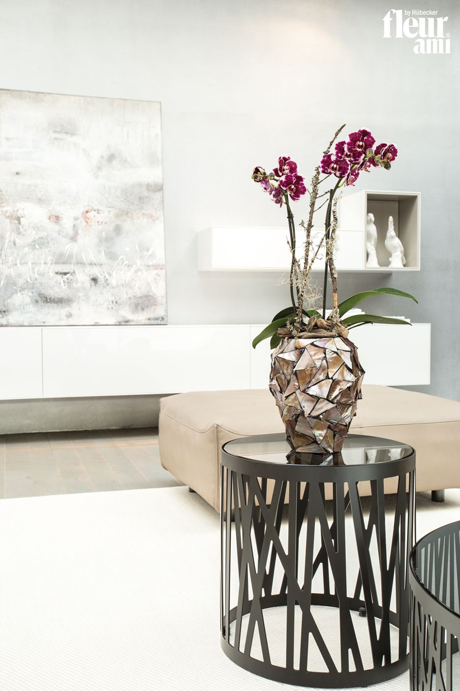 shell orchid vase by fleur ami muschel orchideen topf von fleur ami muschel pflanzgef e. Black Bedroom Furniture Sets. Home Design Ideas