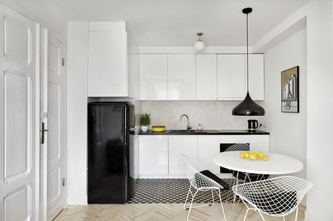 Jak Powiekszyc Optycznie Mala Kuchnie Szukaj W Google Modern Kitchen Living Room Decor Apartment Kitchen Room