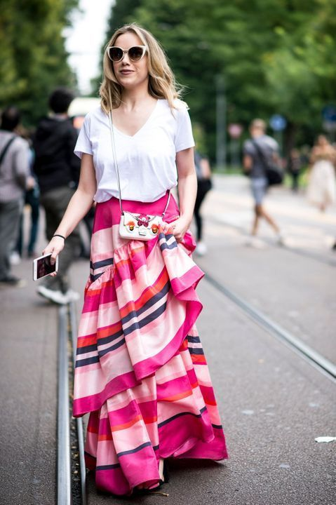 3a43302cea Myleene Klass embraces summer with floral maxi dress and cork wedges |  Stuff I love 2 | Vestidos, Cabello