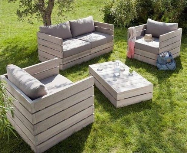 Exceptionnel Outside Furniture Made From Pallets. Wonderful Furniture Turn Old Pallets  Into Patio Furniture Easy Diy