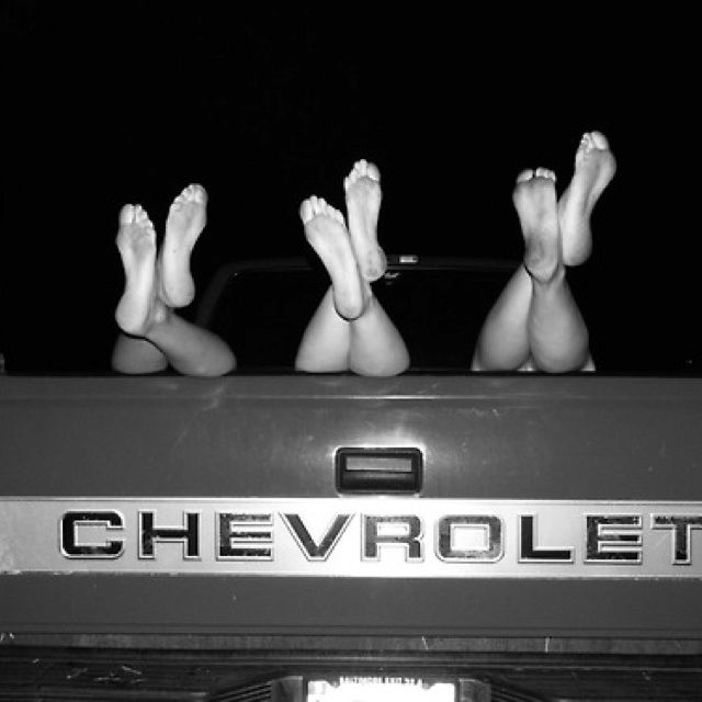 tailgate up shoes off bachelorette bucket list country girl bachelorette party best friend photography best friend pictures friend photoshoot pinterest