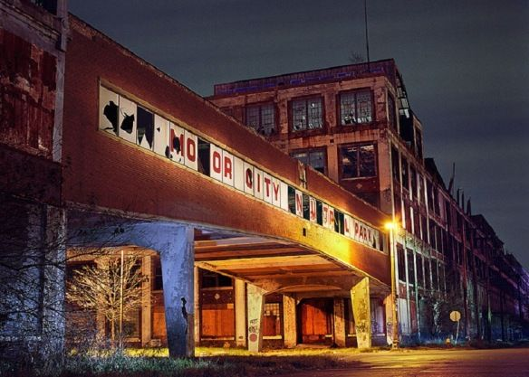 Largest Abandoned Factory In The World The Packard Factory Detroit