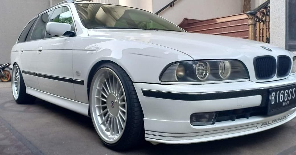 Bmw E39 Touring On Alpina Wheels With Images Bmw E39 Touring