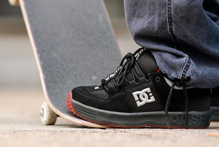 DC Shoes Mens Lynx OG Skate Low Top Sneaker Shoes White//Green