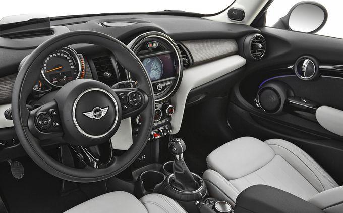 Mini Cooper 2014 - habitacle - L\'Automobile Magazine | Mini 4ever ...