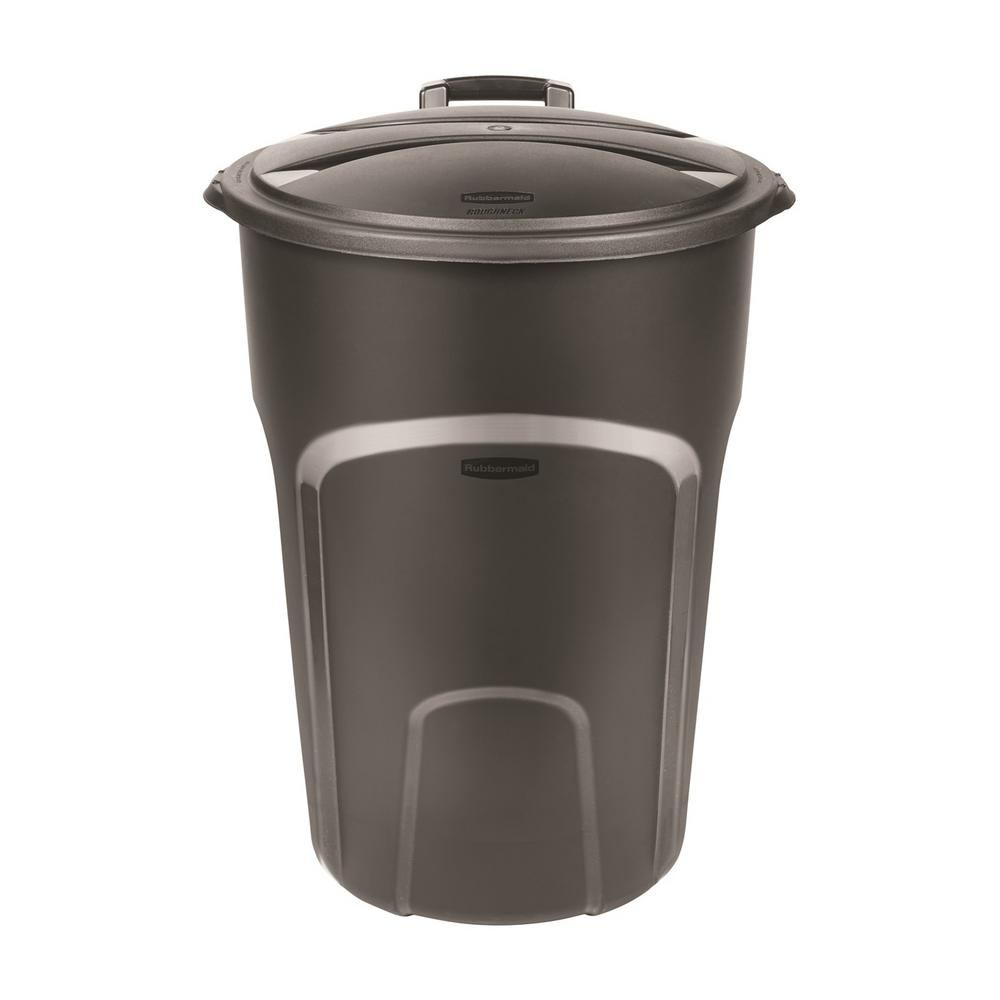 Rubbermaid Roughneck 32 Gal Easy Out Wheeled Trash Can In Black With Lid 2012264 The Home Depot Trash Can Rubbermaid Garbage Can