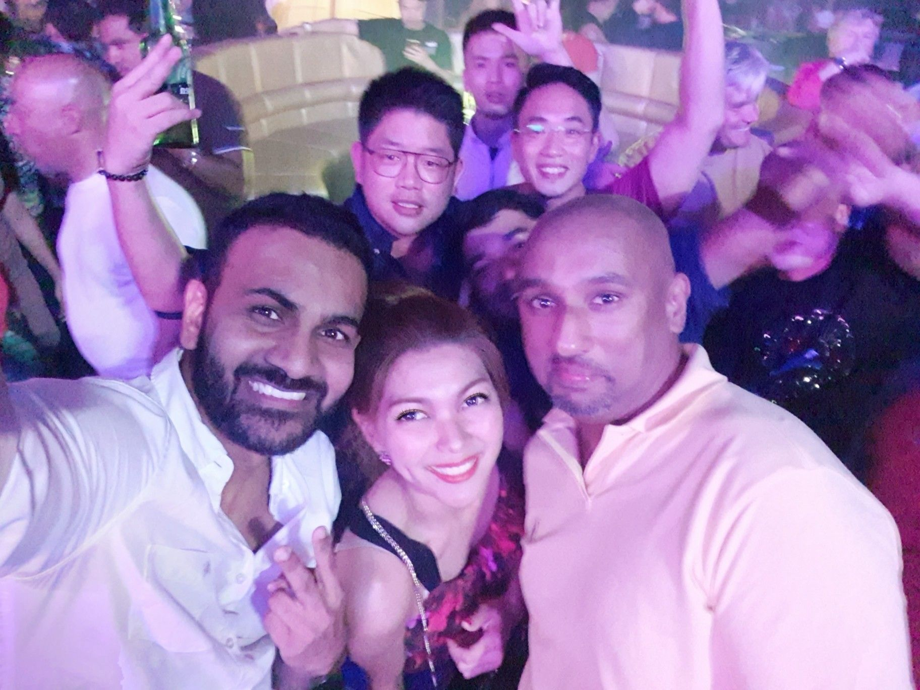 Good night from Club Cubic.🥳🥳 Another great networking time! 😂😂  Me? drinking water again as always 😊  #LanWork #FreightForwarder #TSLNaxco #TFS #TheFreightSummit #MacauTrip #LanInMacau #Macau #ClubCubic