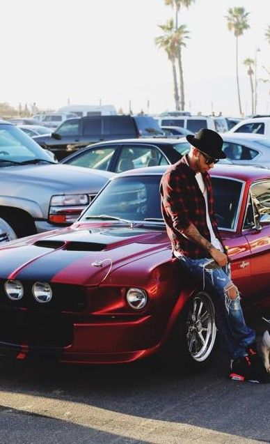 Shelby GT500 Eleanor with Lewis Hamilton