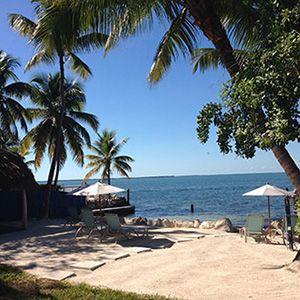 Beachfront Hotels Under 200 Azul Del Mar Key Largo Fl