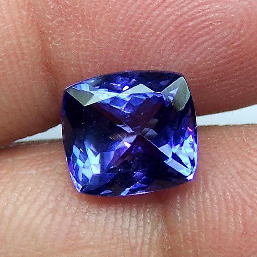 multi tanzanite color tanzania violet loose heated r gemstones vs natural oval shape dark light ct
