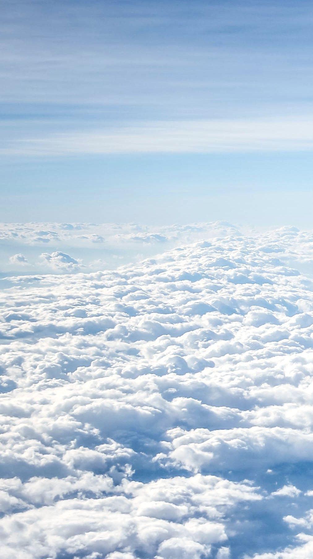 Nubes En Un Cielo Azul Blue Sky Wallpaper Sky Aesthetic Blue Sky Clouds