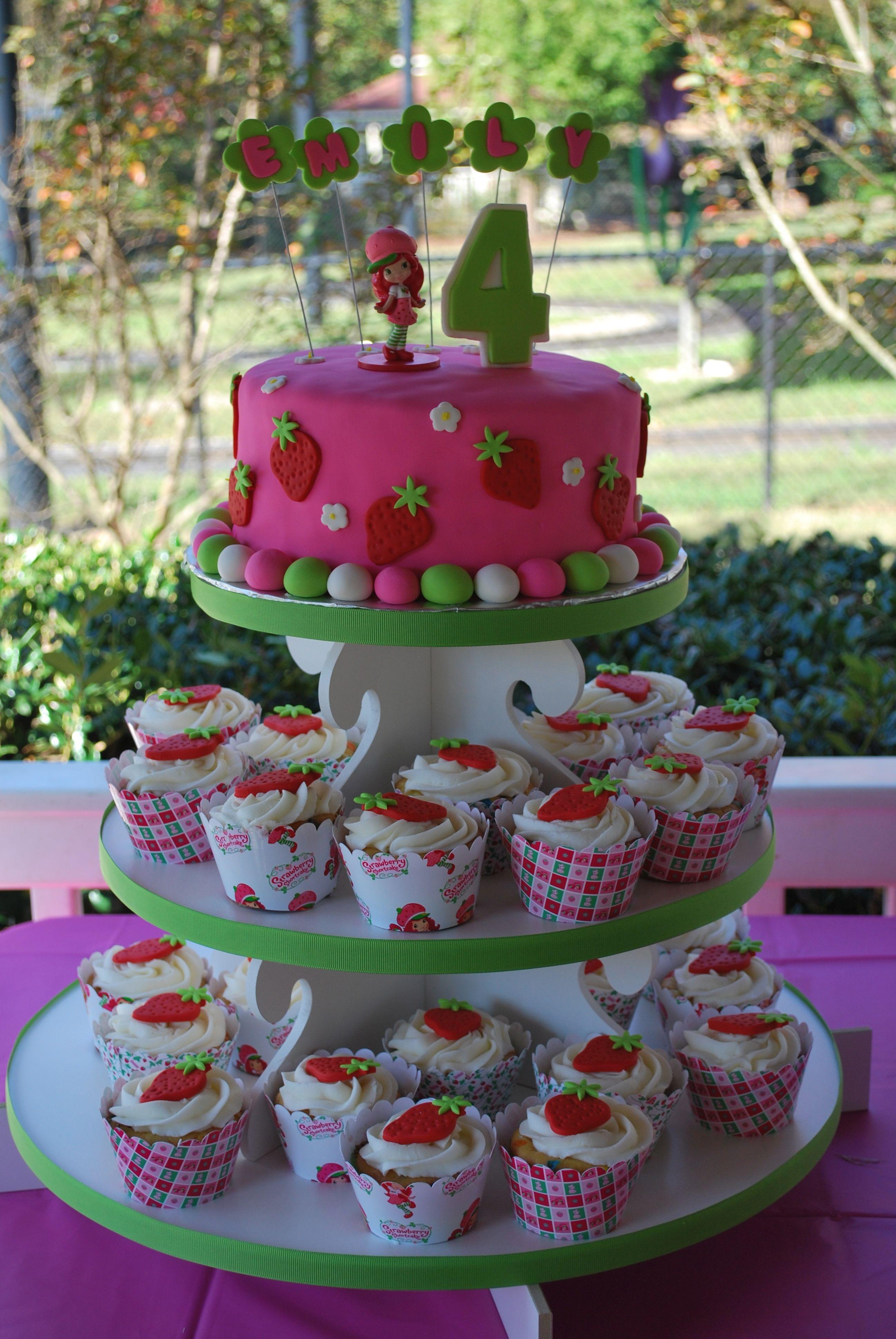 Strawberry shortcake cake and cupcakes
