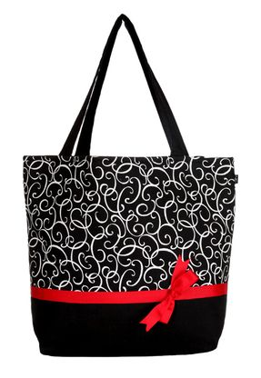 Varu- Peyton Signature Tote (get it here!)