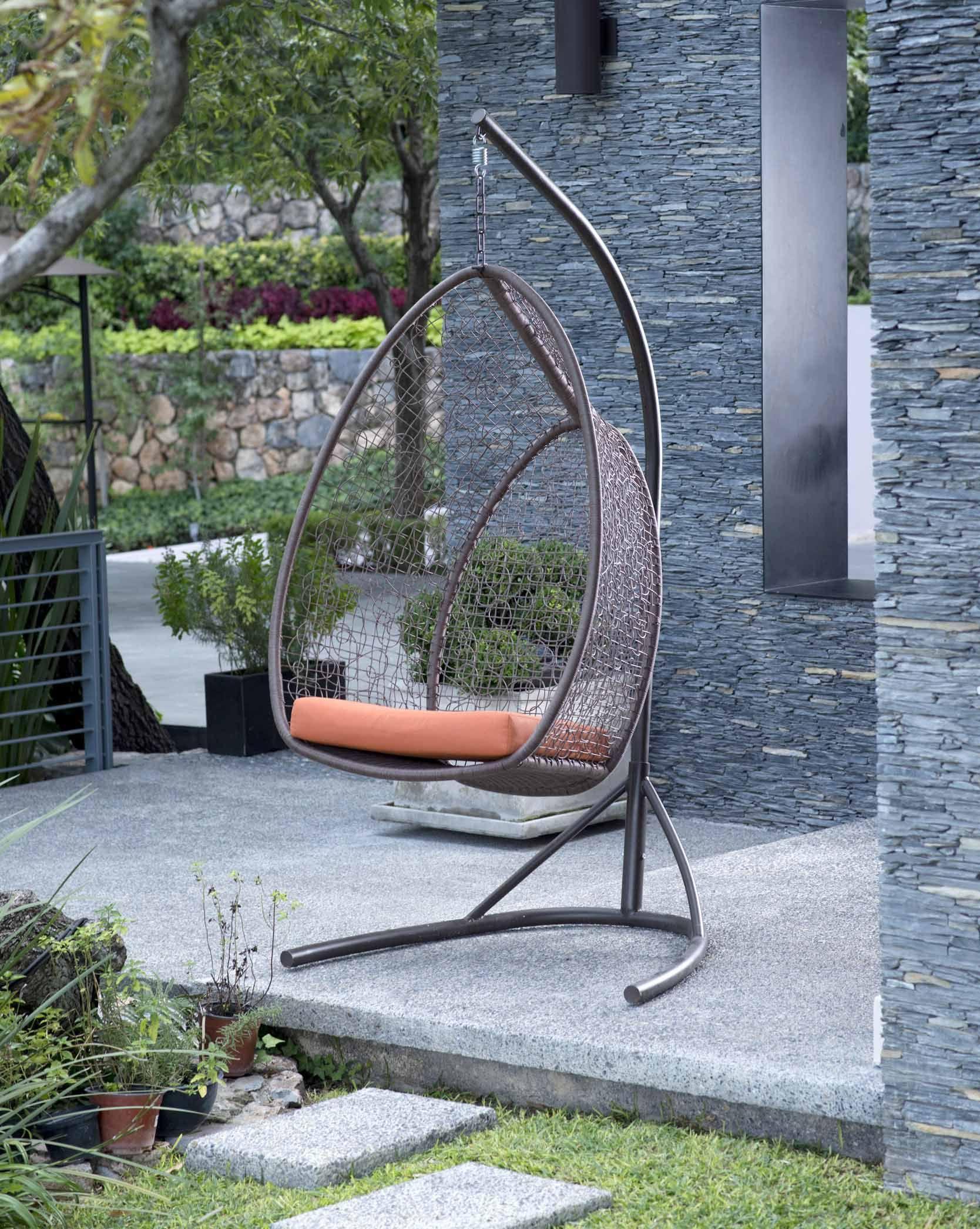 Está banca columpio es ideal para la decoración de los espacios en ...